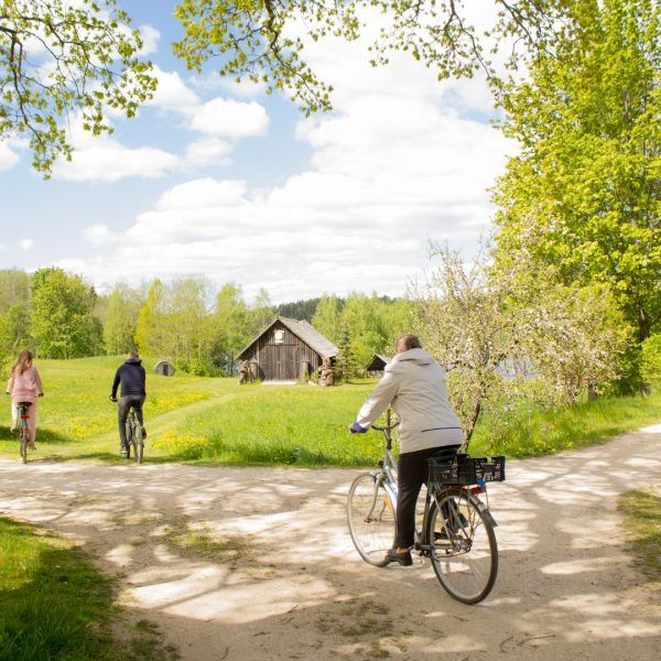 "Cycle route Nr. 152 ""The Small circle around Lake Raipals"""