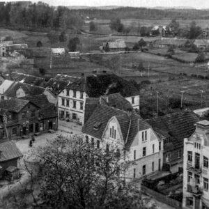 Alūksnes pilsētas centrs dzirnavu pils ielas krustojums 1920.gads