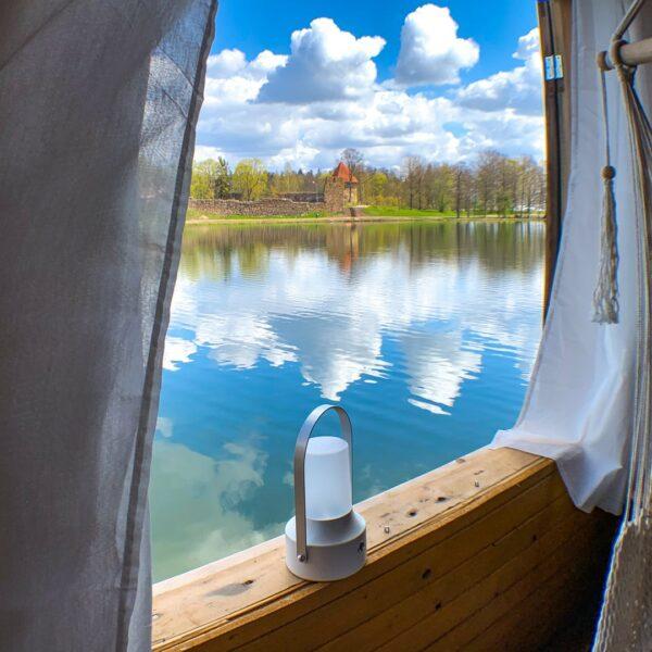 Bed&Boat namiņš Alūksnes iekšezerā