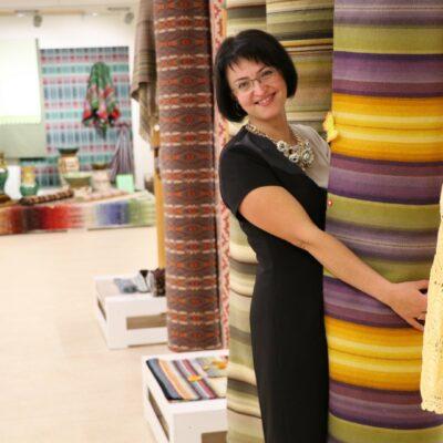 Tekstilmākslas meistare Ineta Leja
